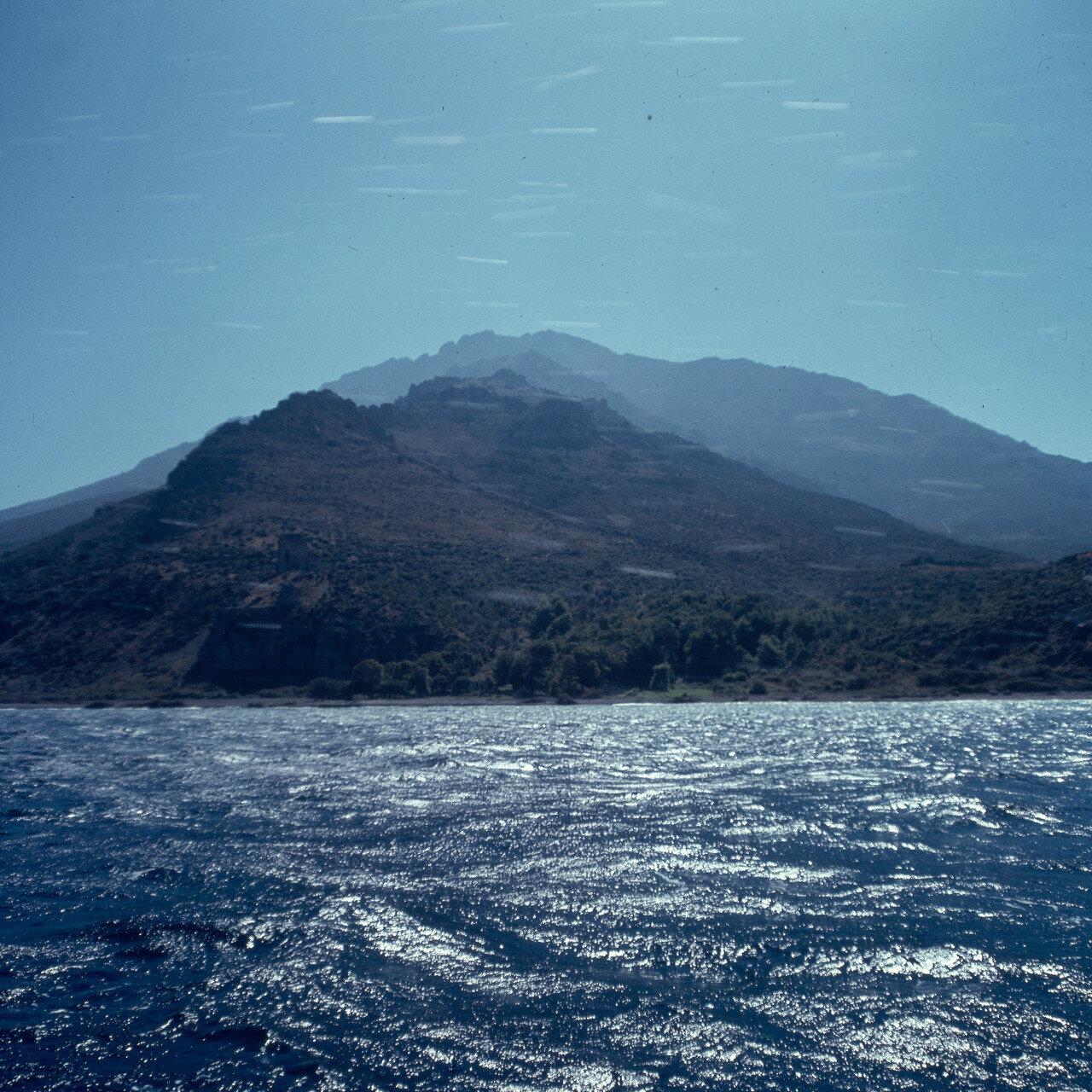 Самофракия. Вид с севера на хребет Фенгари, 1600 м. 1964
