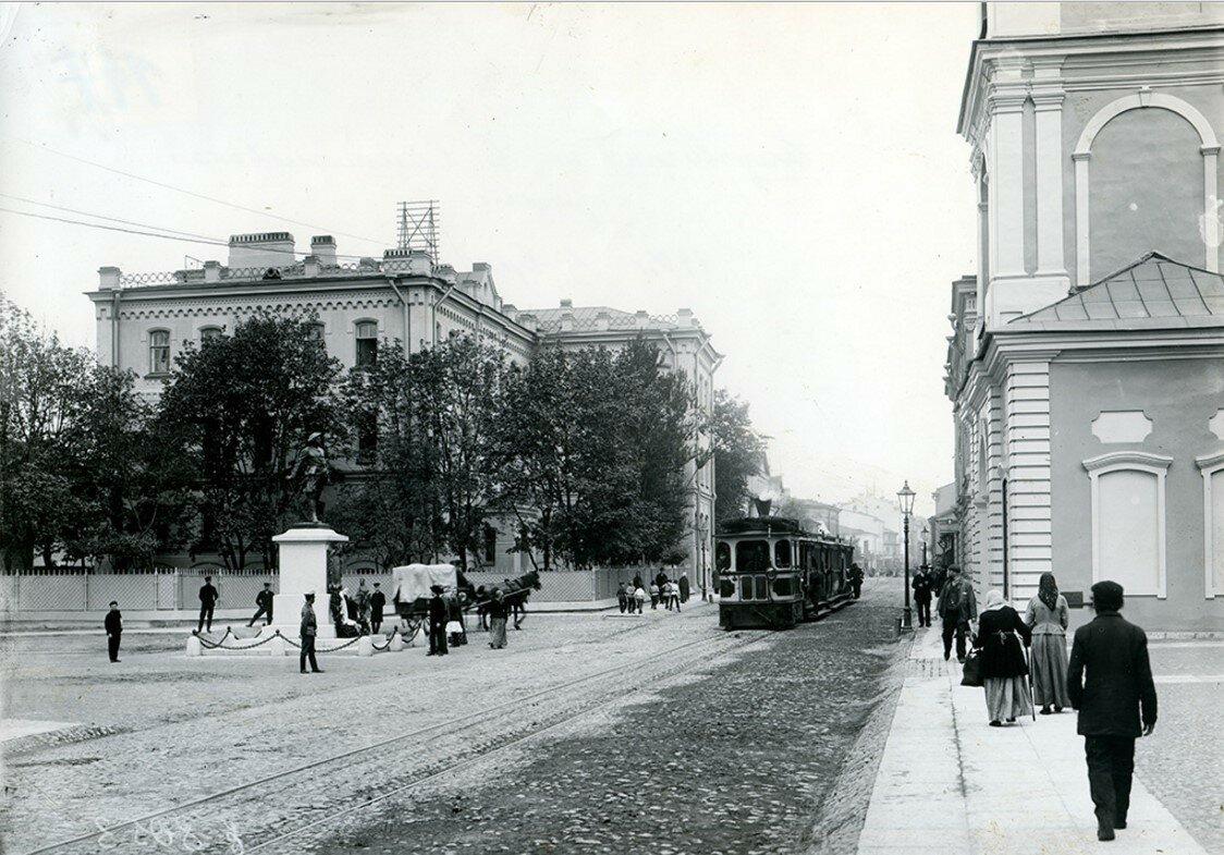 Памятник Петру I на Большом Сампсониевском проспекте. 1909  (вариант)