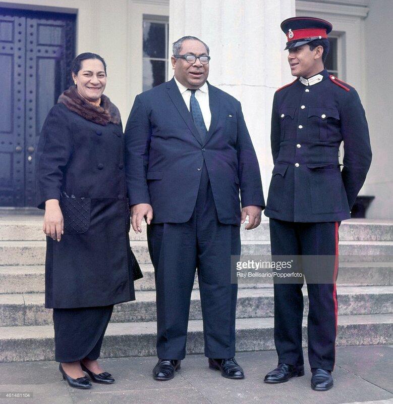 1968 King of Tonga Taufa'Ahau Tupou IV and his wife Queen Halaevalu Mata'Aho 'Ahome'E with their son Prince Georges Tupou.jpg