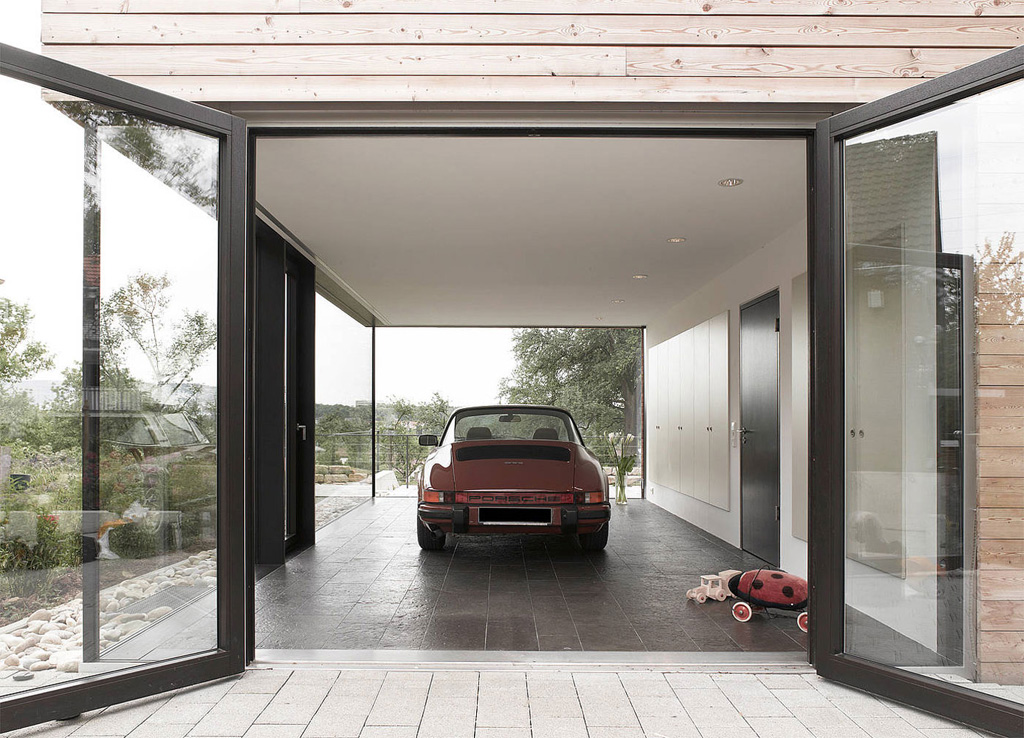 german-family-home-with-a-porsche-room-10.jpg