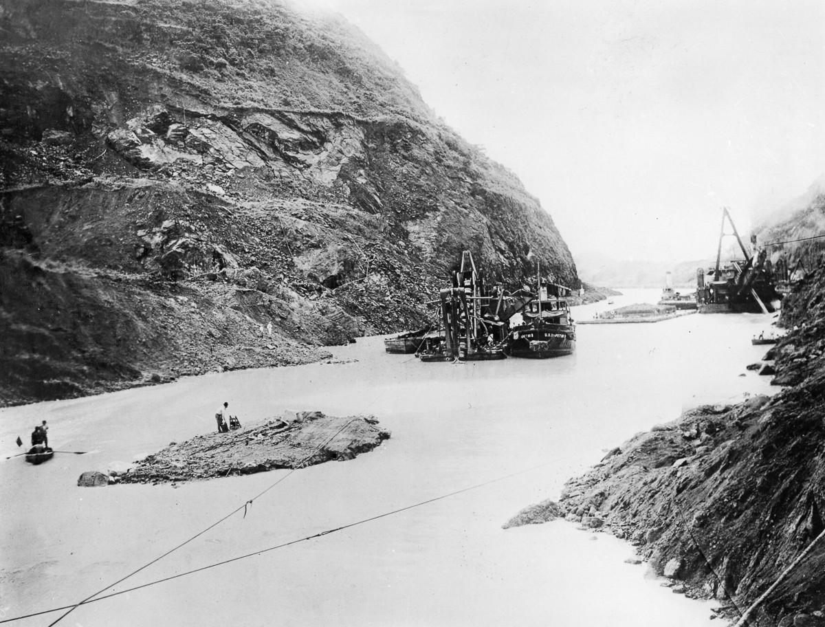 Историческое событие в высококачественных снимках. Строительство легендарного Панамского канала