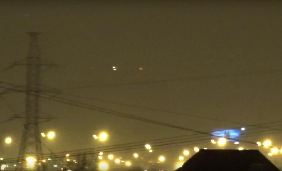 что за огоньки летели сегодня над москвой слежка