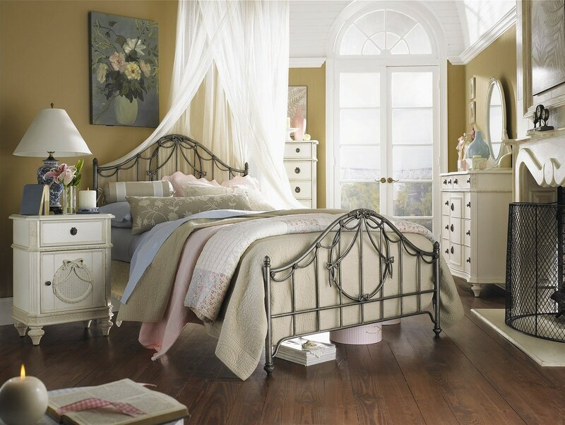 French-Bedroom-Decor