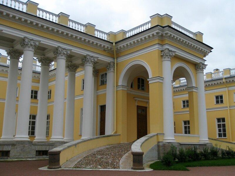 Колоннада и флигель, Александровский дворец, Царское Село
