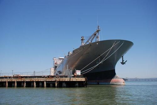 Корабль в порту Сан-Франциско