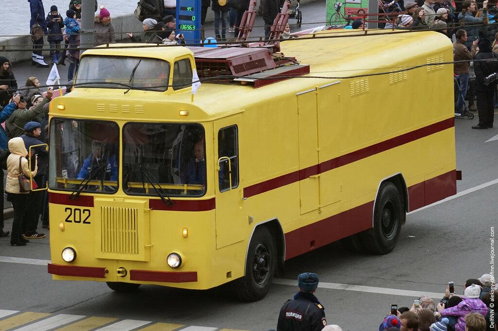 Парад-троллейбусов-16.jpg