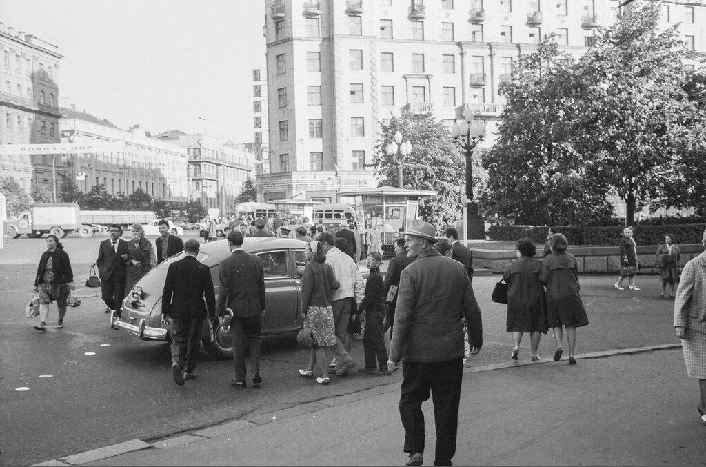438386 Пушкинская площадь 1966 Gerber, Hans