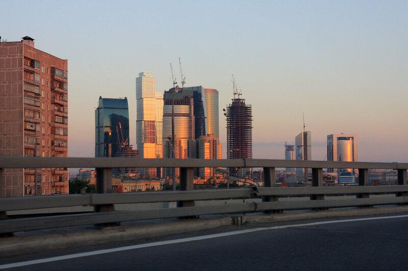 http://img-fotki.yandex.ru/get/4300/night-city-dream.2c/0_2a819_3034e583_XL.jpg