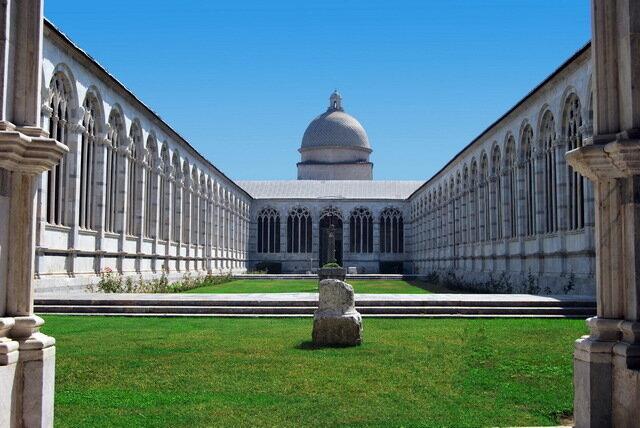 Кафедральная площадь в Пизе
