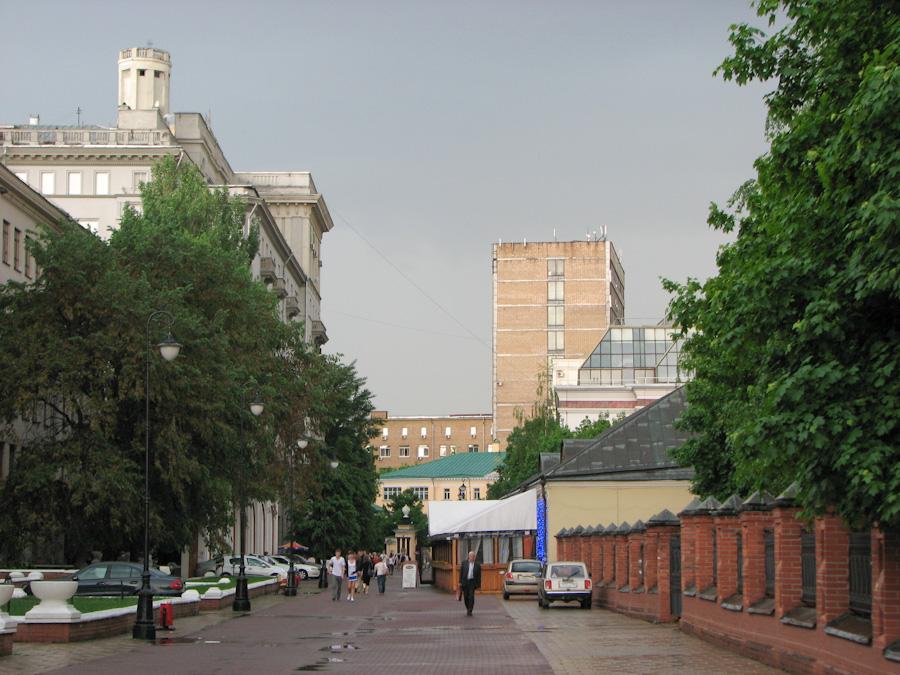 2010, город, дом, здания, москва, небо, россия, улица