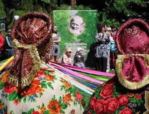 Традиционный фестиваль искусств в Саду Комиссарова