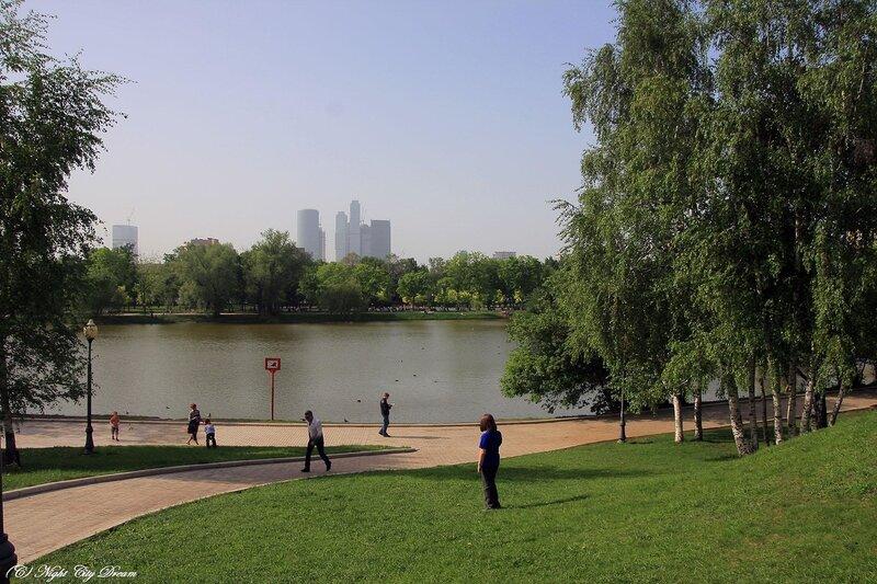 http://img-fotki.yandex.ru/get/4301/night-city-dream.1f/0_2802c_e3c9b79d_XL.jpg