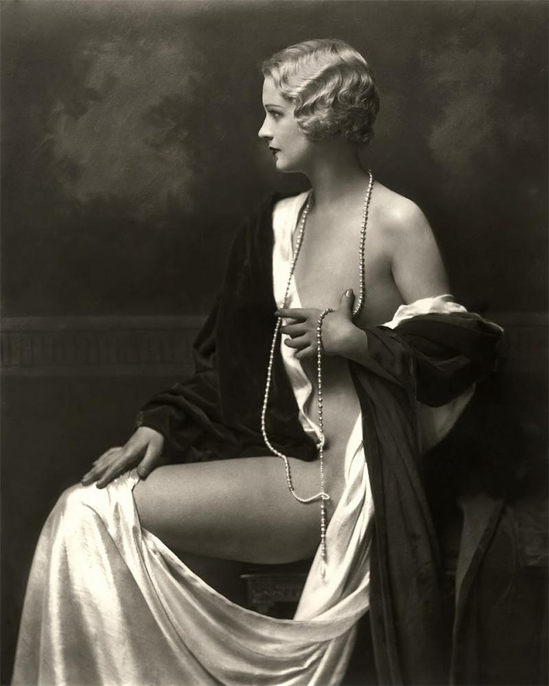 Alfred Cheney Johnston 1884-1971 - Ziegfeld girl - Tutt'Art@ (12).jpg