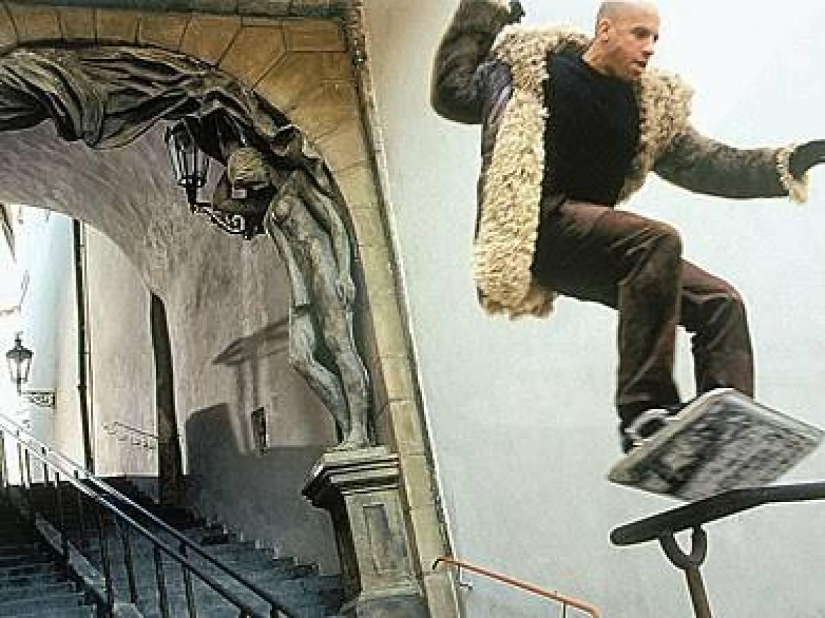 «Три икса» Во время съемок фильма «Три икса» каскадер Гарри О'Коннор, дублировавший Вина Дизеля, пог