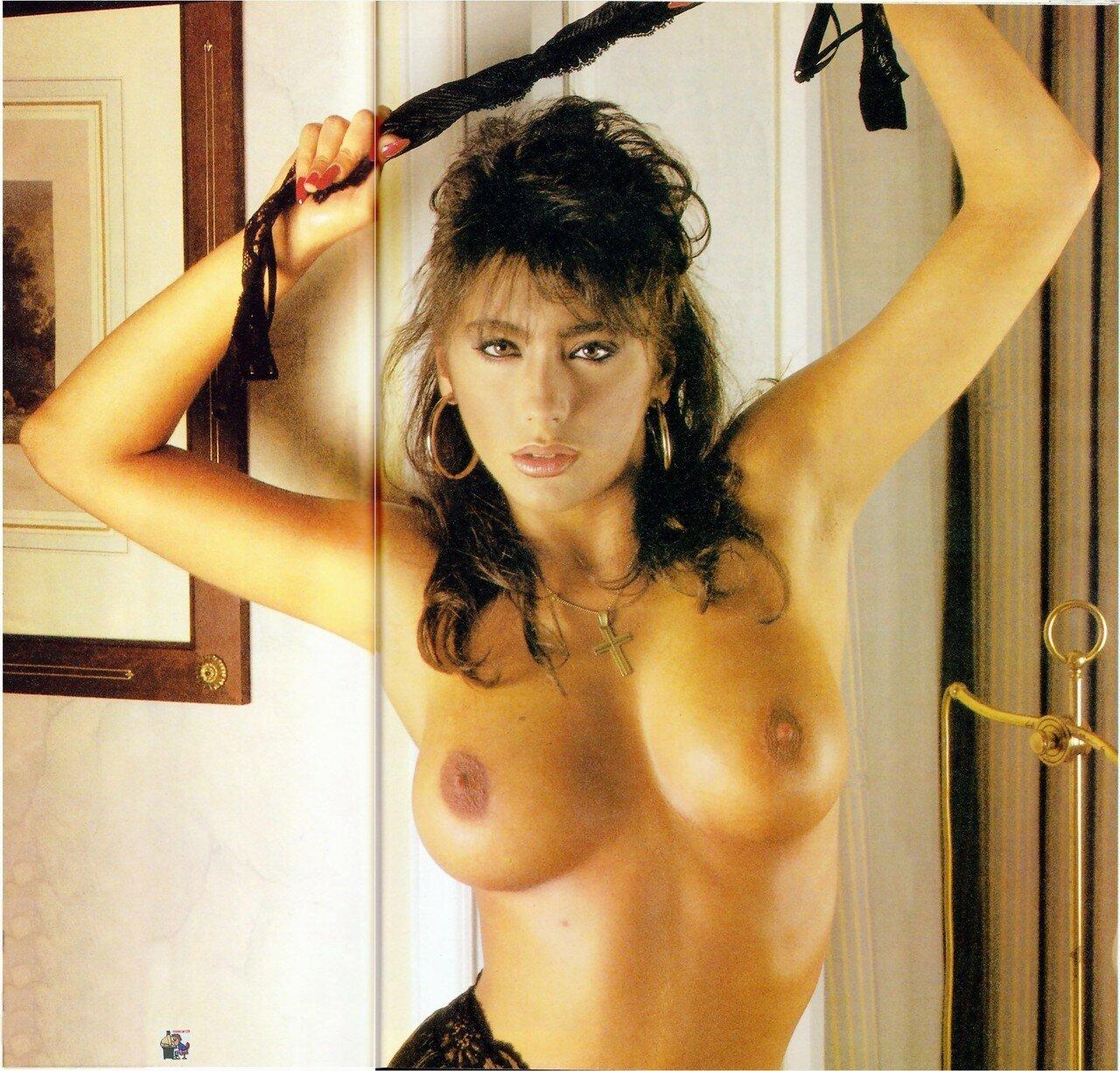 Певица сабрина порно фото