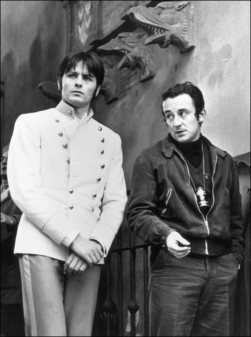 1967. Делон и Луи Малль на съемках фильма «Три шага в бреду»