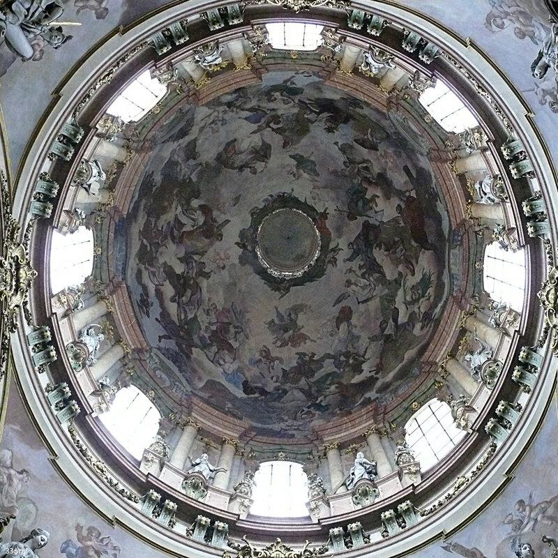 собор Св. Микулаша на Малостранской площади
