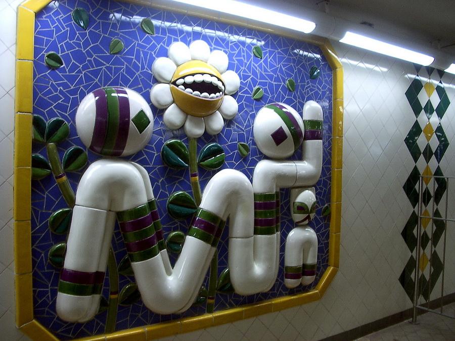 В заключении - схема метрополитена T-Bana.  Отметьте на ней те станции, которые вас больше всего поразили...