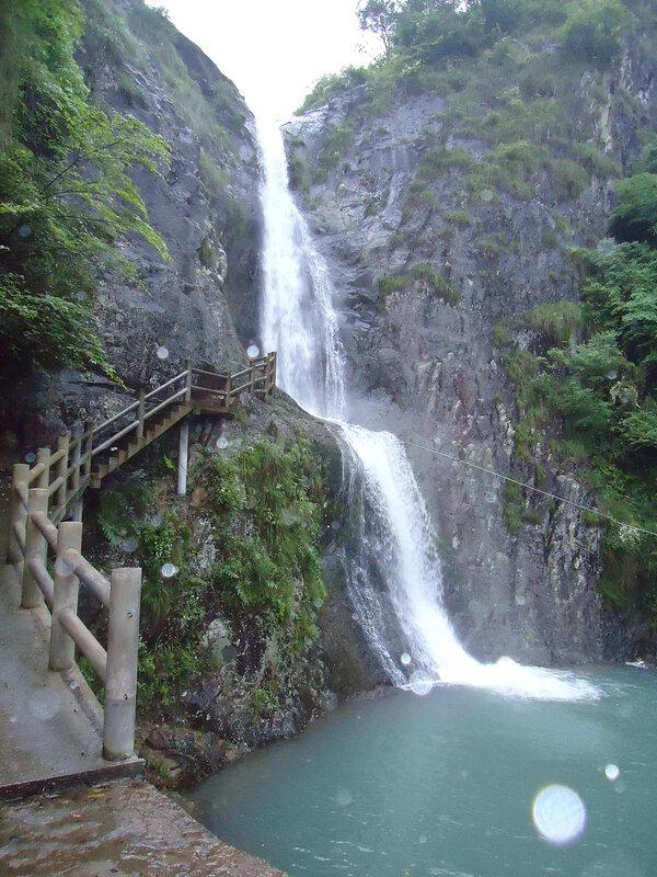Водопад, который ещё выше, чем Пещера Драконихи