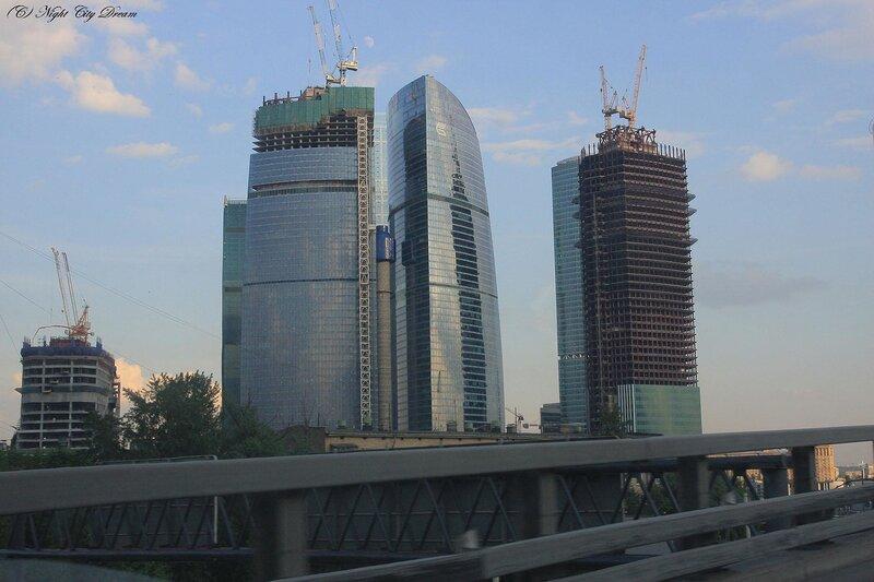 http://img-fotki.yandex.ru/get/4303/night-city-dream.21/0_28af0_39f8511e_XL.jpg