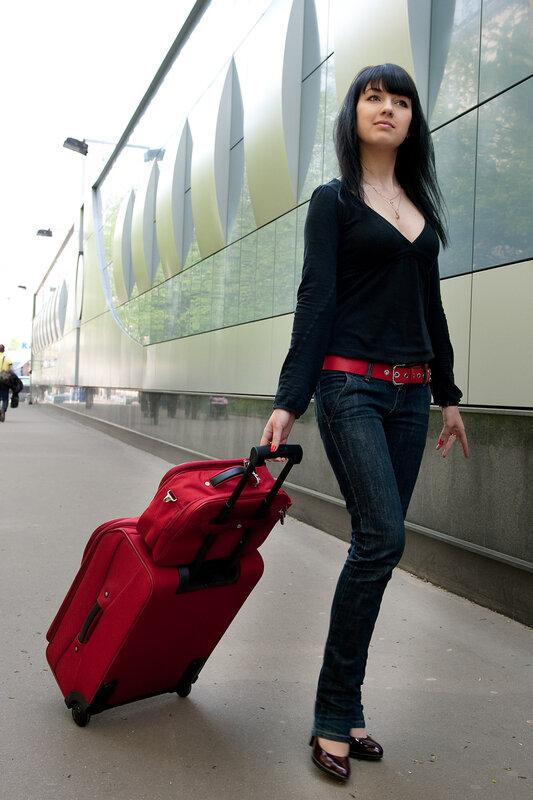 стильные чемоданы в пассаже Альбатрос