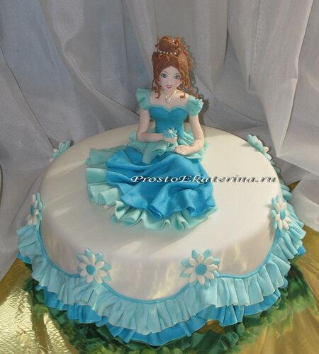 Тортик с куколкой.