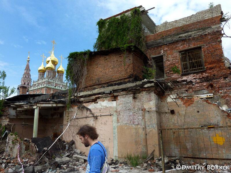 Москвичи останавливают снос исторической застройки в Кадашах
