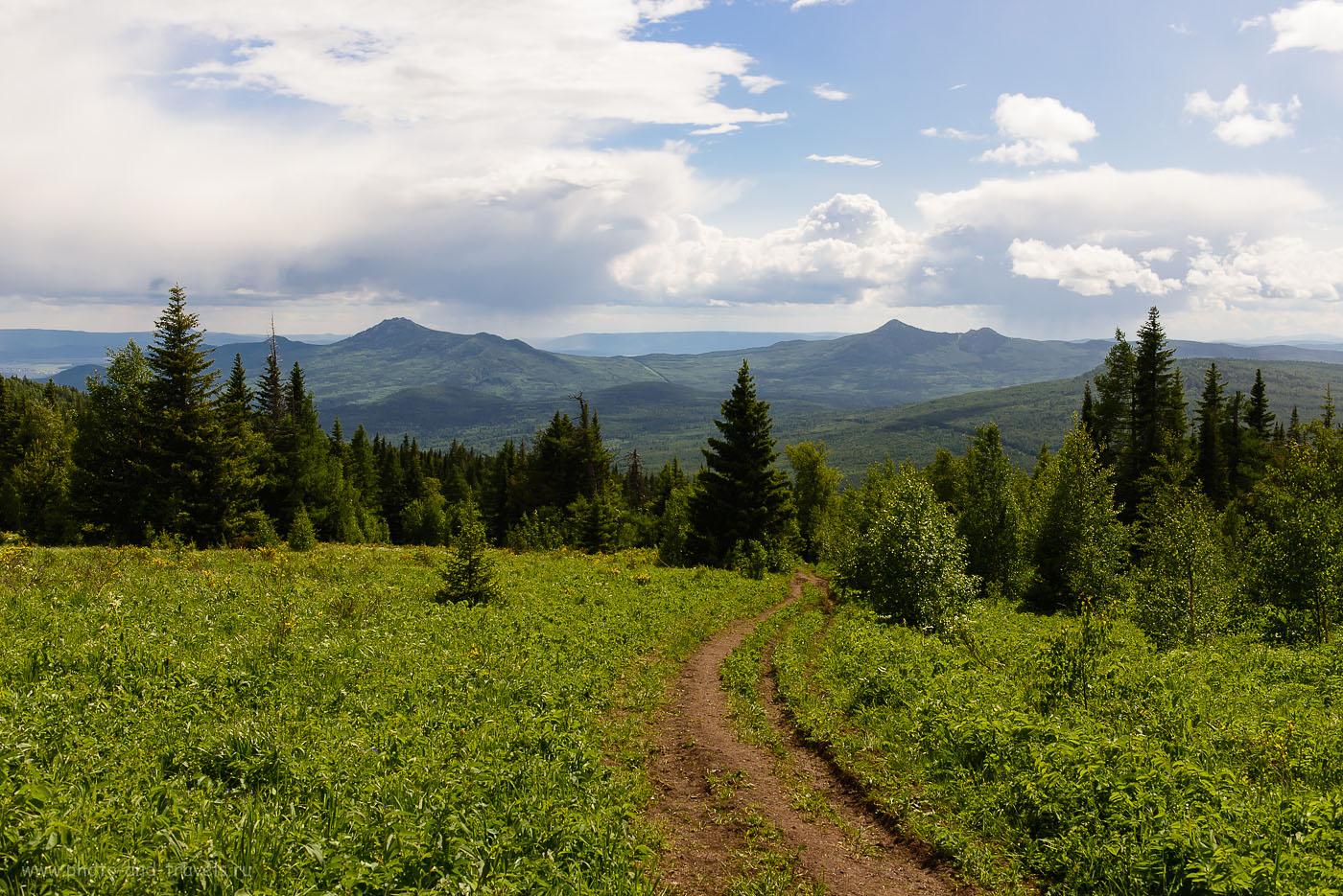 12. Вид на гору Малиновая с Ялангаса (250, 34, 9.0, 1/250)
