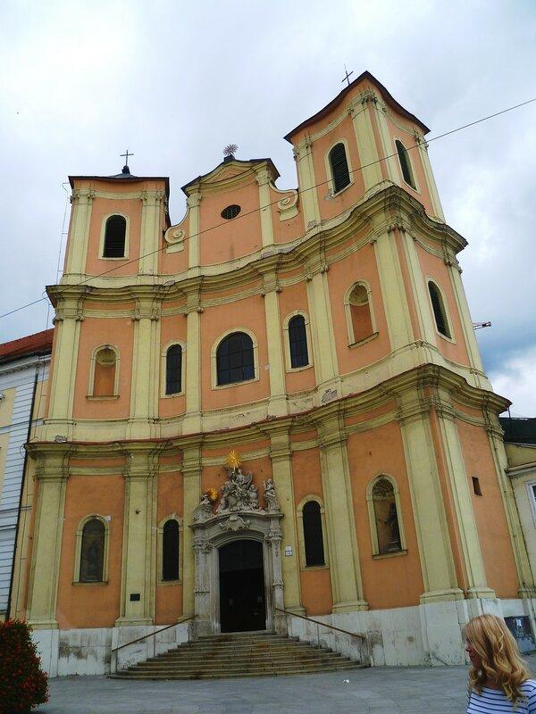 Братислава, костел Святого Яна с Мальты (Bratislava, the church of St. John from Malta)