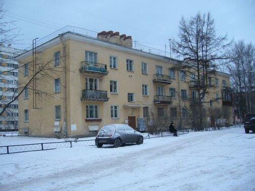 ул. Лётчика Пилютова 32