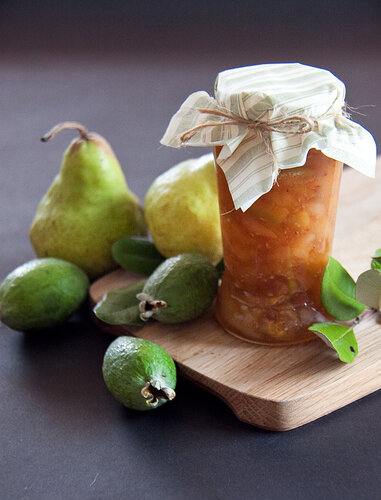 Feijoa, pear and white wine jam