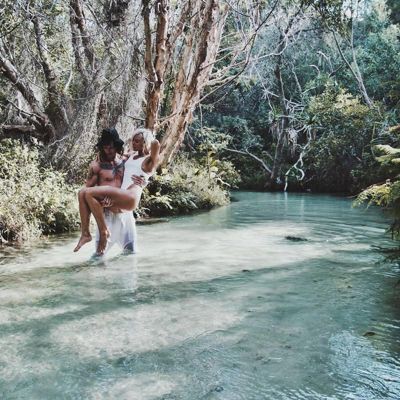 Австралийская пара пропагандирует секс в инстаграме