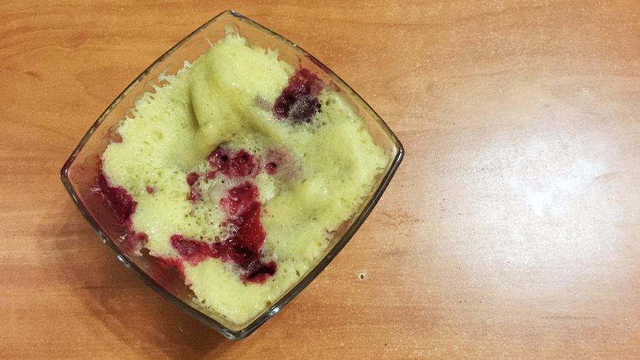 Вишнёвый пирог в микроволновке