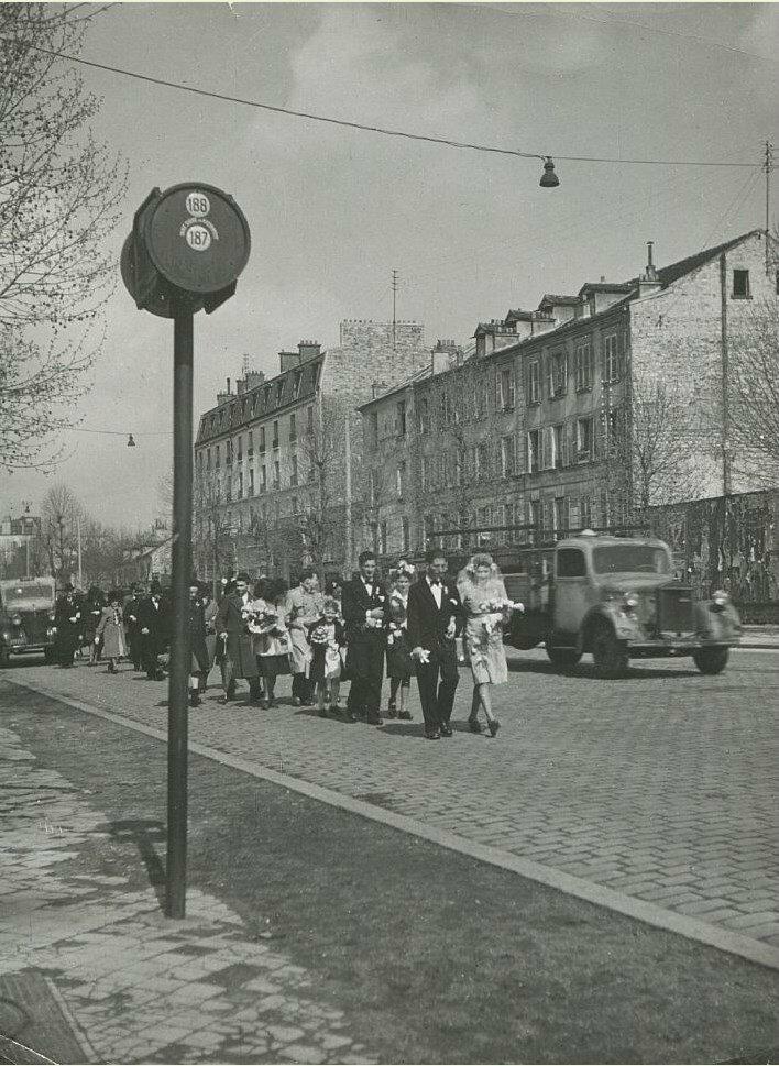 1952. Свадебный кортеж