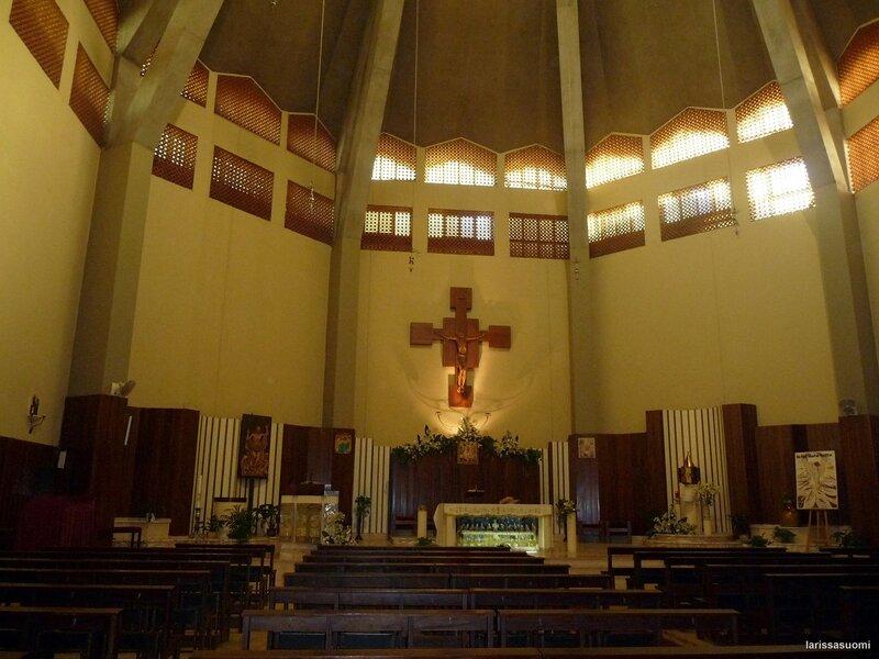 Интерьер церкви.