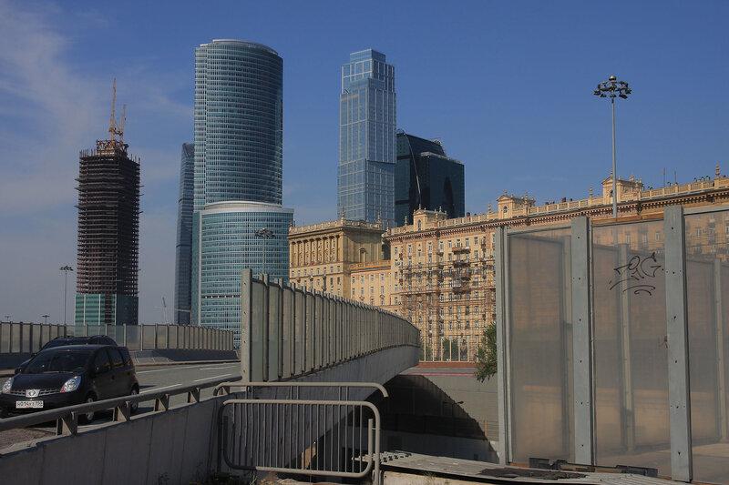 http://img-fotki.yandex.ru/get/4306/night-city-dream.13/0_26f79_b2a47b61_XL.jpg