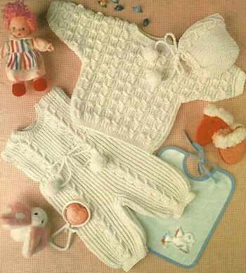 Комбинезон, пуловер и шапочка для ребенка от 6 месяцев до года