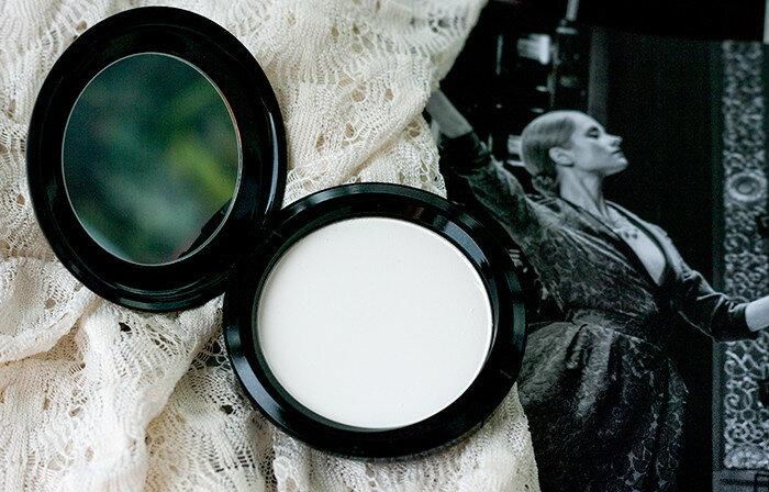 MAC-Prep+Prime-Transparent-Finishing-Powder-review-прозрачная-компактная-пудра-отзыв4.jpg