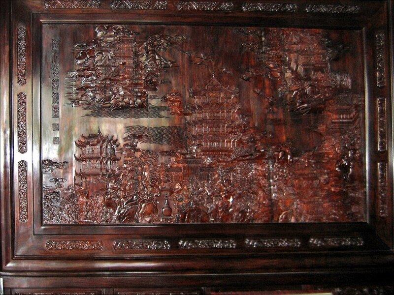 Деревянное панно с изображением Хуанхэлоу