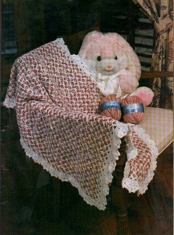 Собрала вот такую подборку схем вязания пледов крючком.  Может, кому пригодится.