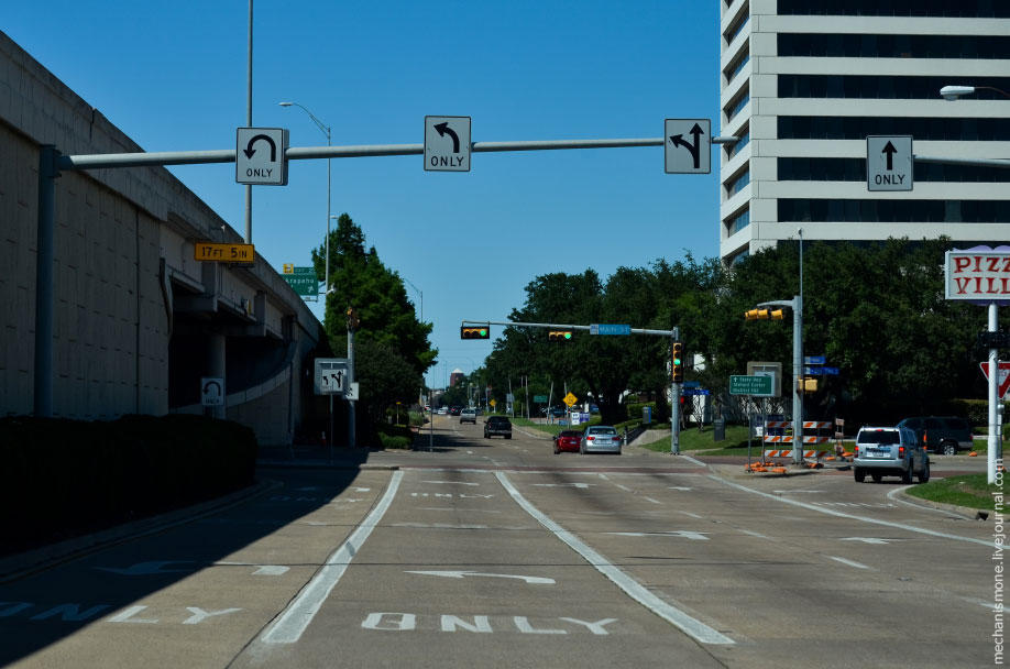 31. Кроме того, все дороги в городах всегда имеют карманы для поворота налево, или дополнительную по