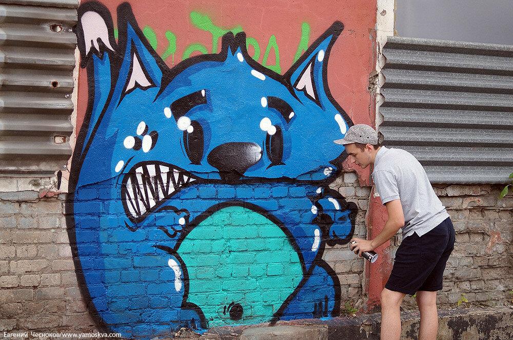 Лето. ЗИЛ. граффити. 23.07.15.37..jpg