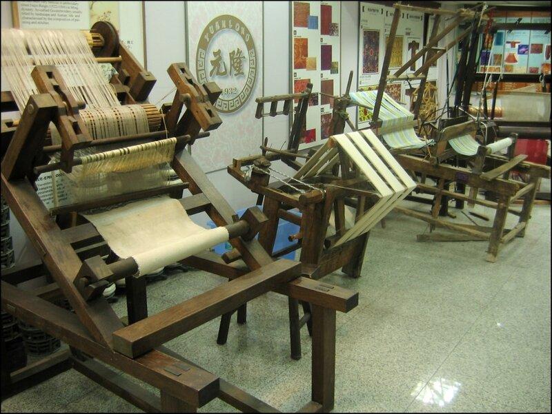 Старинные ткацкие станки