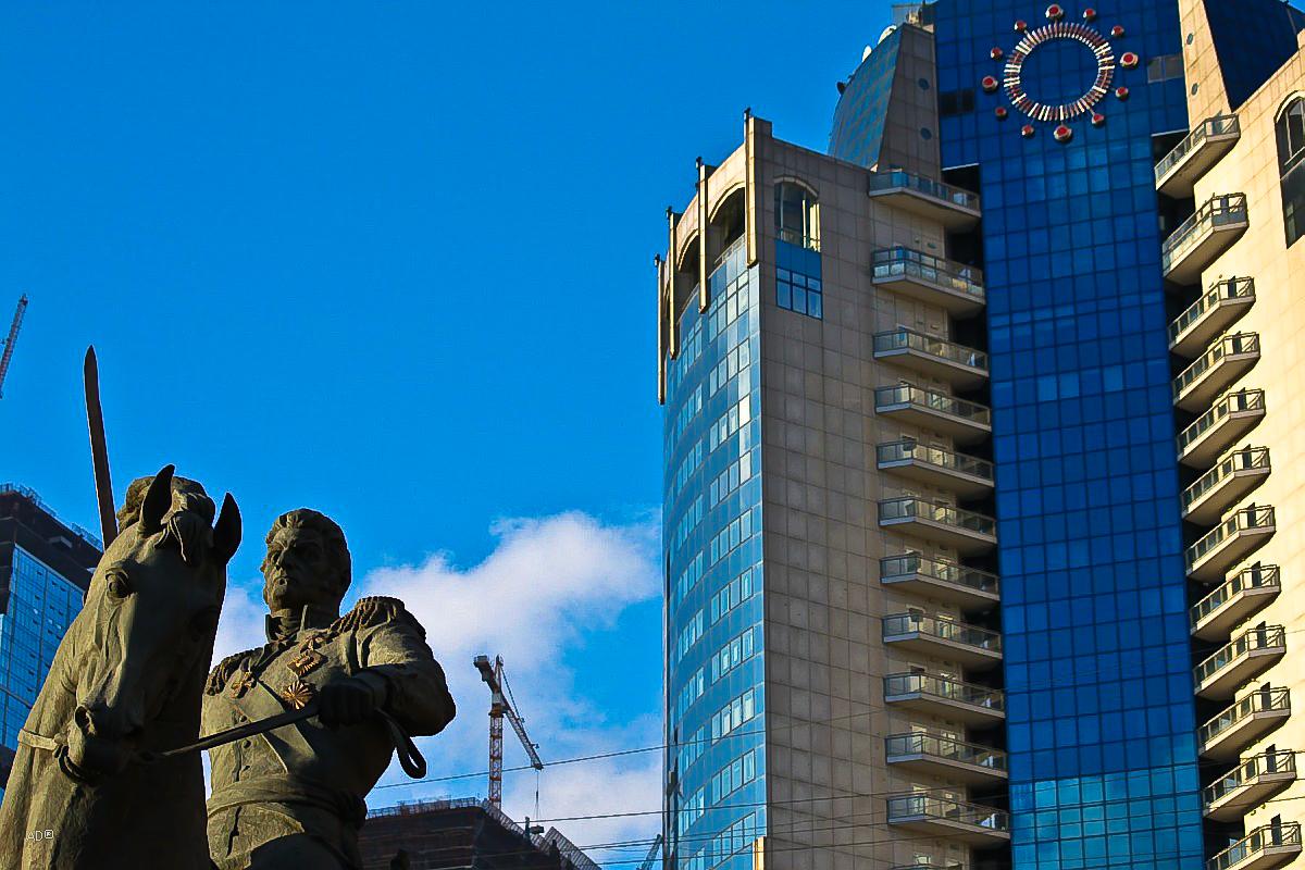 Памятник Пётру Ивановичу Багратиону