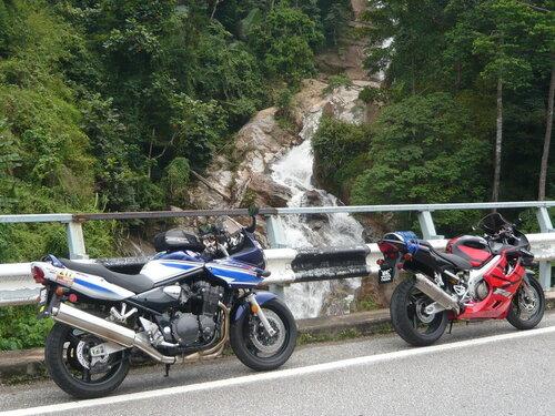 на мотоциклах по малайзии