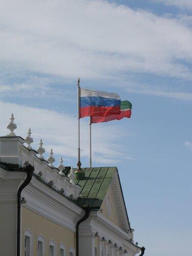 флаг россии и татарстана