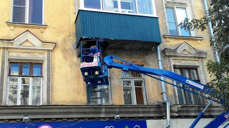 В сызрани начали ремонтировать аварийные балконы? - евгений .