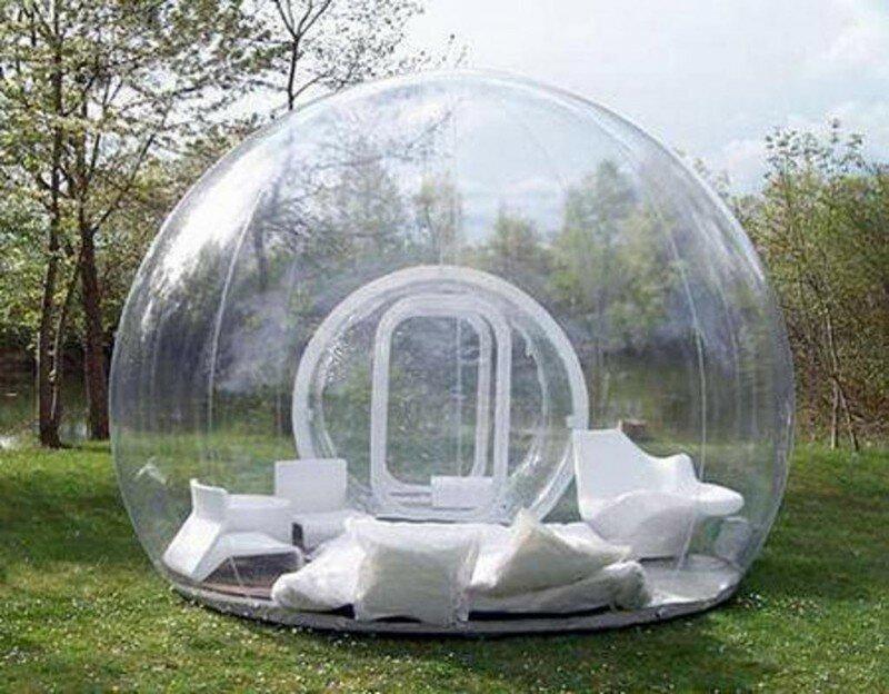 Надувная палатка, в которой очень классно находиться во время дождя.