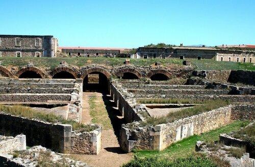 крепость сант Ферран