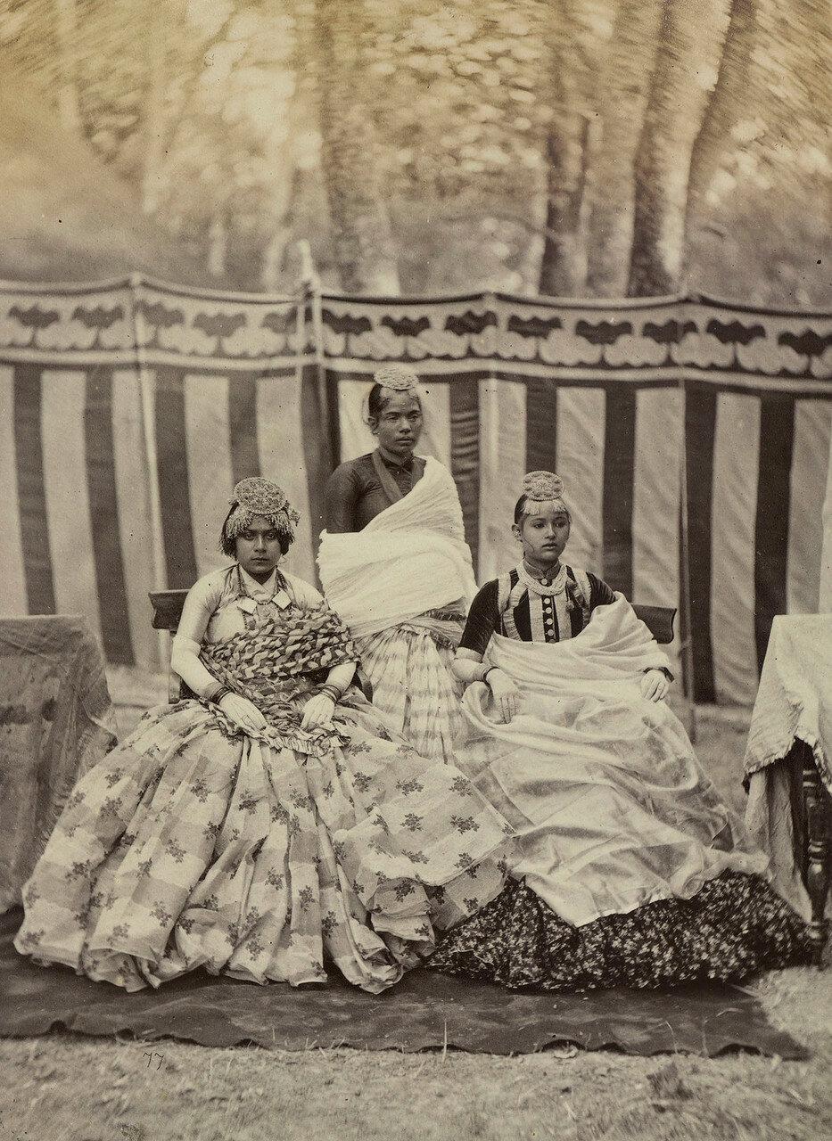 111. Дамы из семьи махараджи сэра Юнга Бахадура Рана